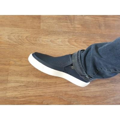 Foto 1 van Frank bij Crocs - Citilane Roka Slip-On - Sandalen