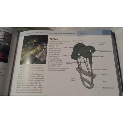 Foto 1 van Jelena bij Geoquest-Verlag - Hexen und Exen - Das Hardwarebuch