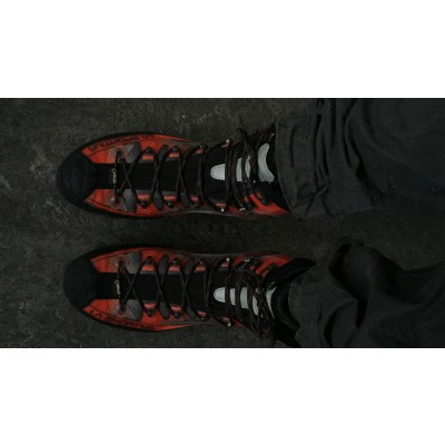 Foto 2 van Liam bij La Sportiva - Trango Cube GTX - Bergschoenen