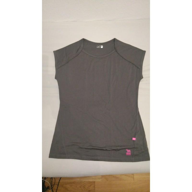 Foto 1 van Katharina bij 2117 of Sweden - Womens Eco Merino Top - Merino ondergoed