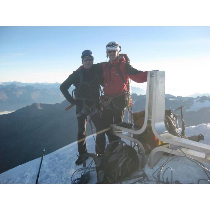 Foto 1 van Hansjörg bij Camp - Alpina - IJspikkel