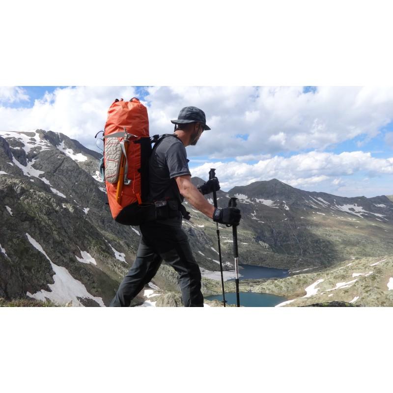 Foto 1 van Ronald bij Climbing Technology - Agile Ice Axe - IJspikkel