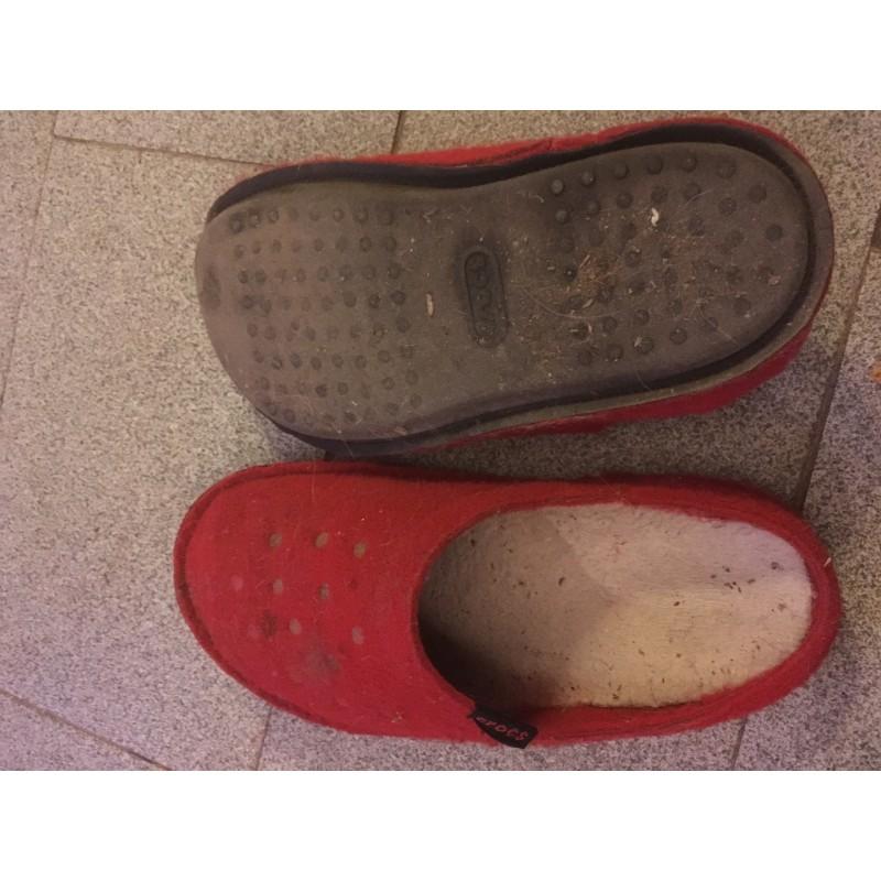 Foto 1 van Sally bij Crocs - Classic Slipper - Hutpantoffels