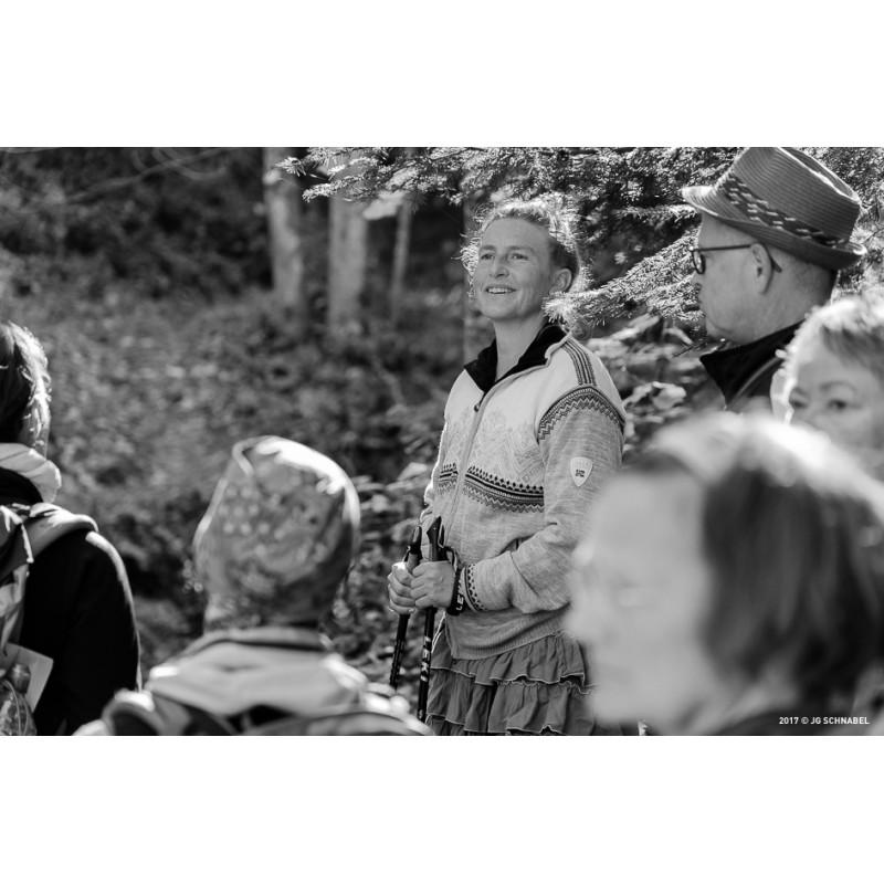 Foto 1 van Simone bij Dale of Norway - Women's Glittertind Jacket WP - Wollen jack