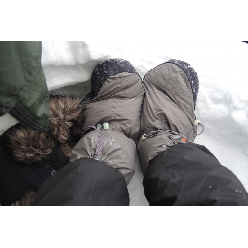 Foto 1 van Alf bij Exped - Down Booty WB - Campingschoenen met overschoen