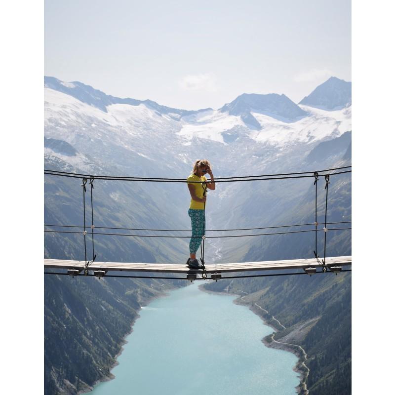 Foto 1 van Aleksandra bij La Sportiva - Women's Solo Leggings - Klimbroeken