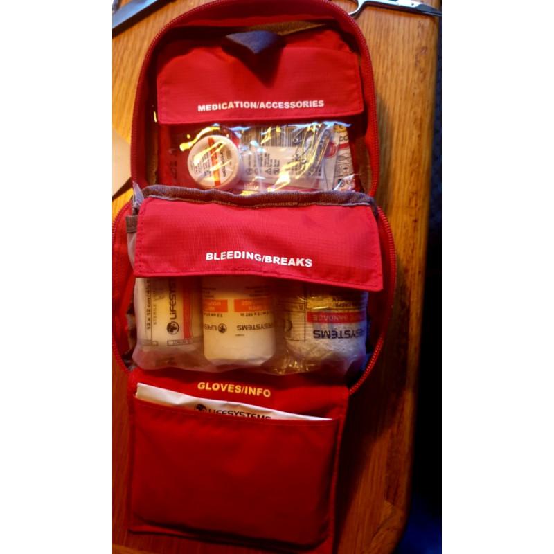 Foto 1 van Hubert bij Lifesystems - Adventurer First Aid Kit - Eerste-Hulpset