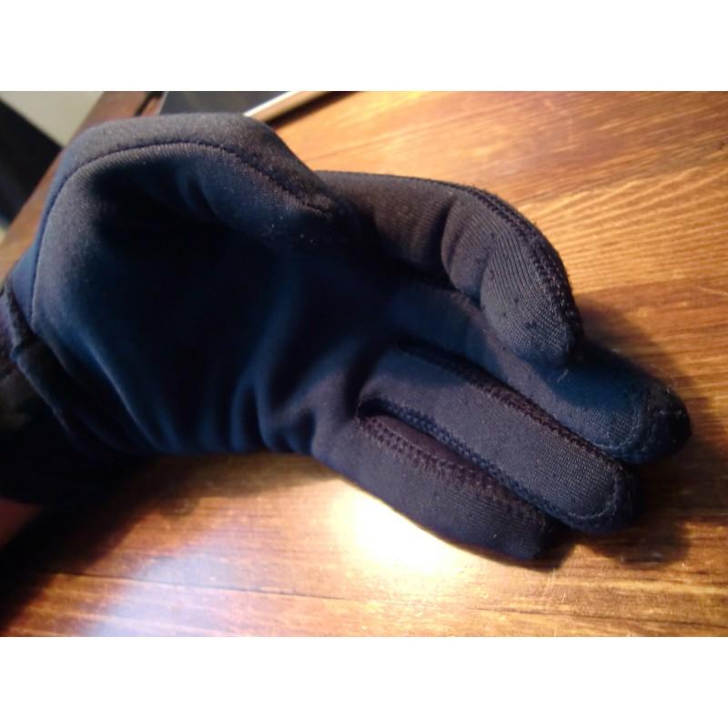 Foto 1 van Sergej bij Mountain Hardwear - Power Stretch Glove - Handschoenen