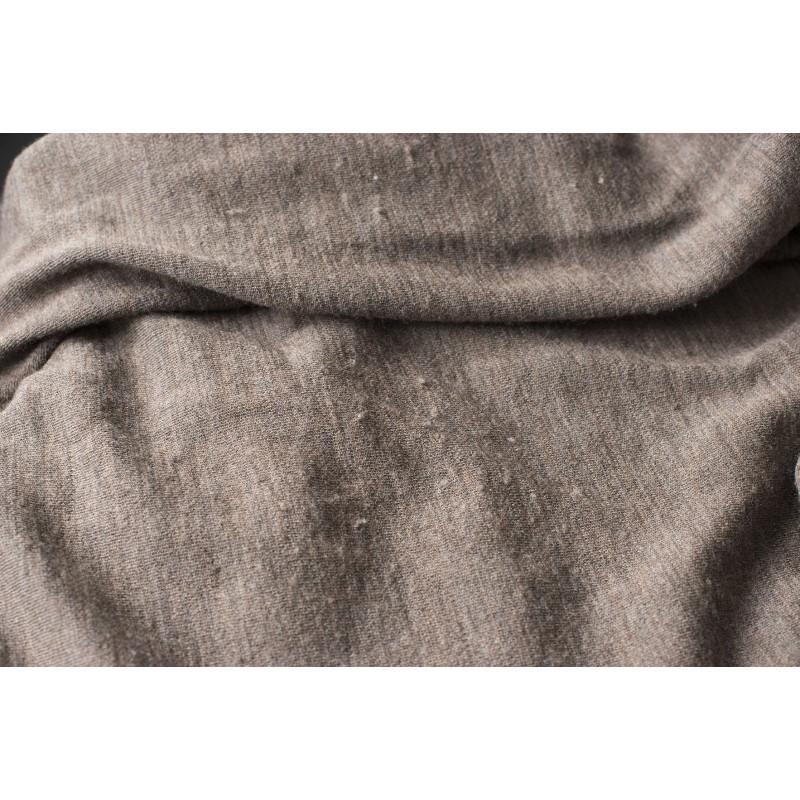 Foto 1 van Axel bij We Norwegians - Basetwo V-Neck Sweater - Merino trui