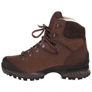 257b19376dc Technisch goede schoenen maken het verschil bij wandelen, hiking en op  alpine bergtours. Passende wandelschoenen of technische trekkinglaarzen  voorkomen ...